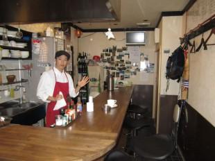 すきま食堂店長